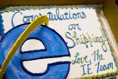 Internet Explorer cake