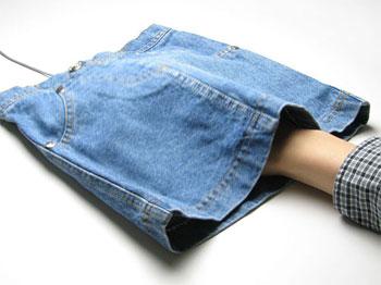 Miniskirt mouse pad